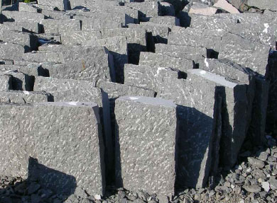 Basolato in pietra prezzi